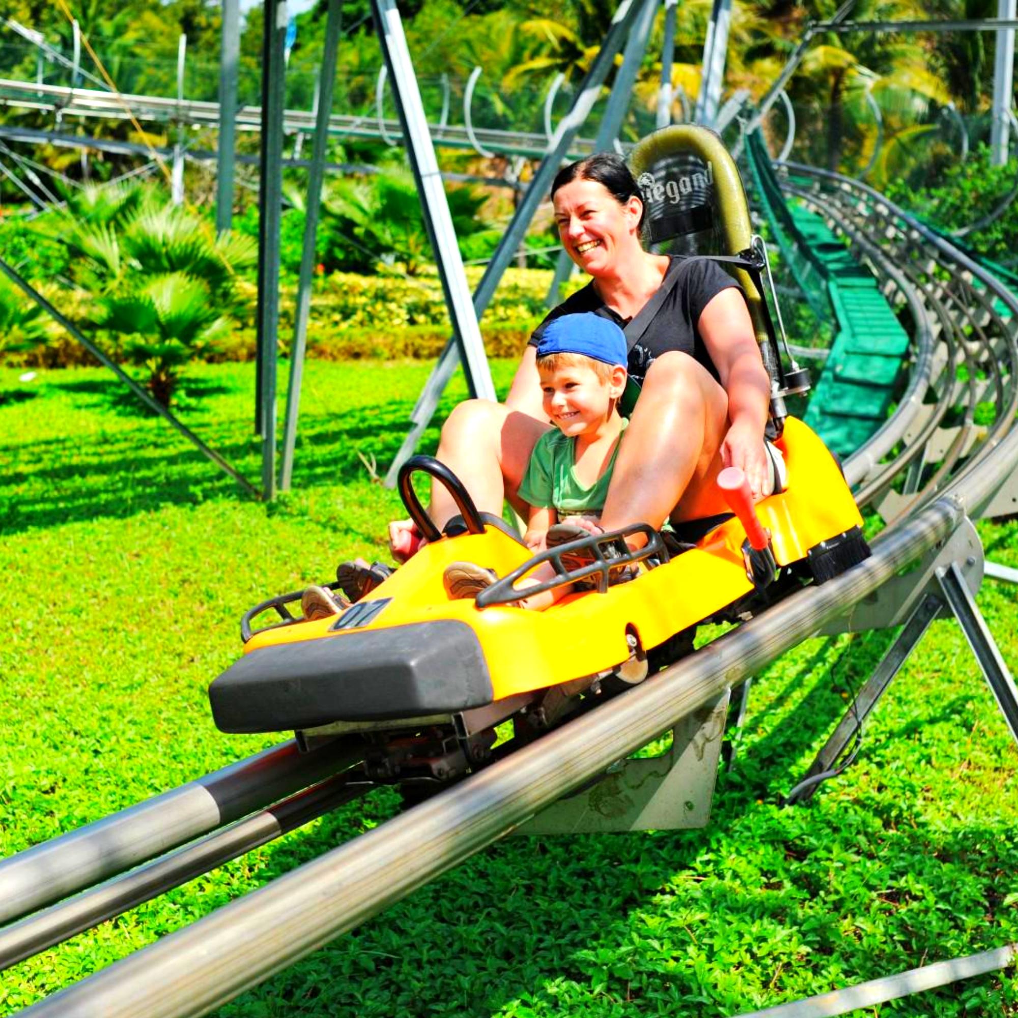 Увлекательная экскурсия на остров развлечений Vinparl в Нячанге.