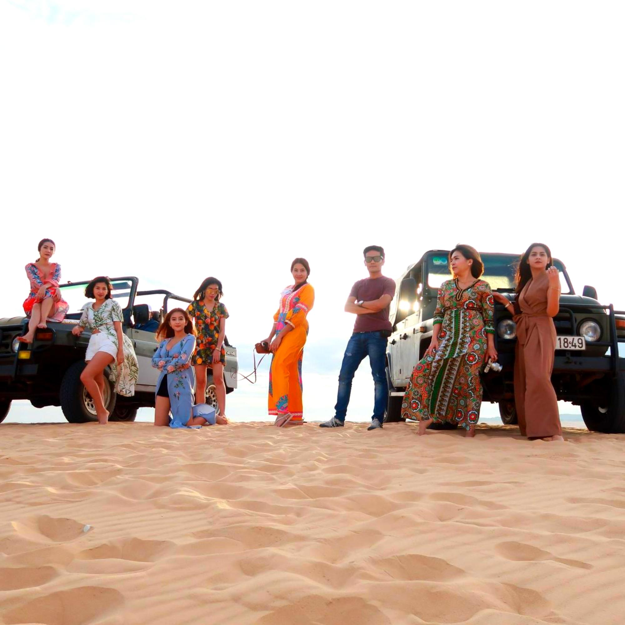 Джип тур, гонки на джипах по дюнам в Муйне