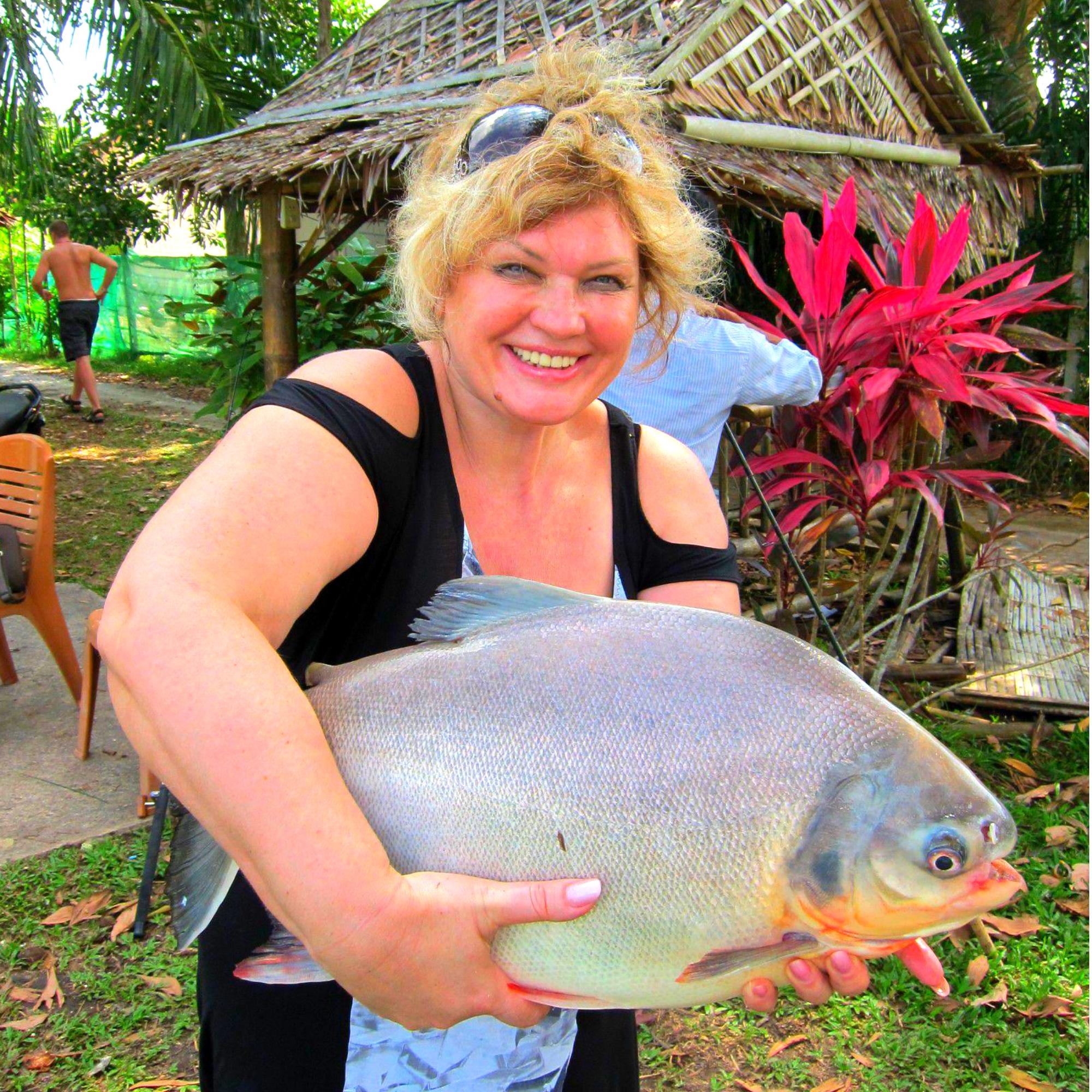 Увлекательная рыбалка на пиранью и сома в Муйне